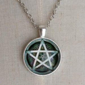 Pentagram Cabochon Pendant Necklace